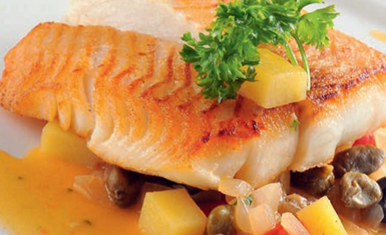 Fish fillet on braised vegetables_1440x770.jpg