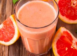 Grapefruit and strawberry shake.jpg